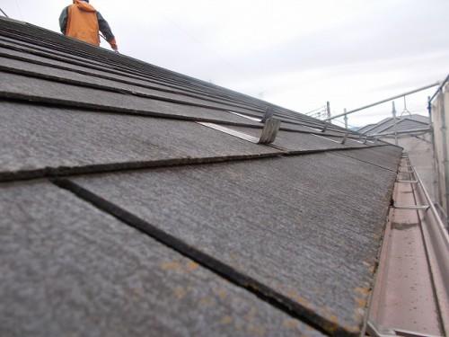 高圧洗浄前の屋根表面