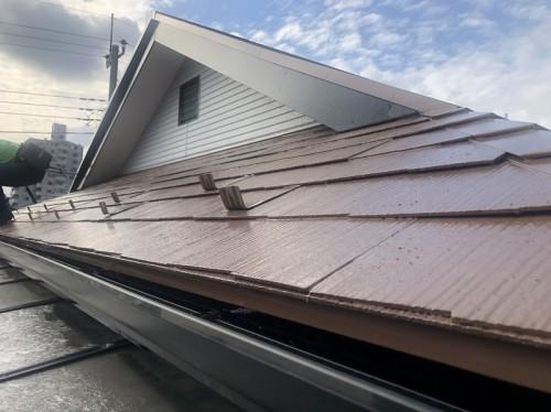 軒樋もばっちり交換、屋根色とも良い感じです