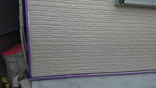 上塗り塗装を行いマーブルトーンの下地完了