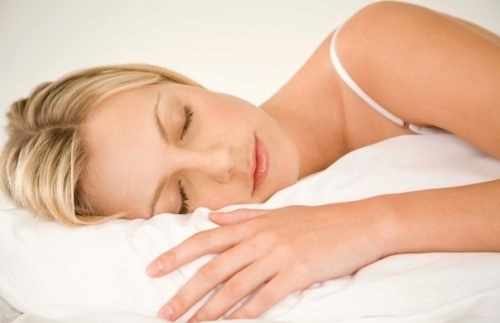 良い睡眠は、キレイな肌と健康の不可欠条件