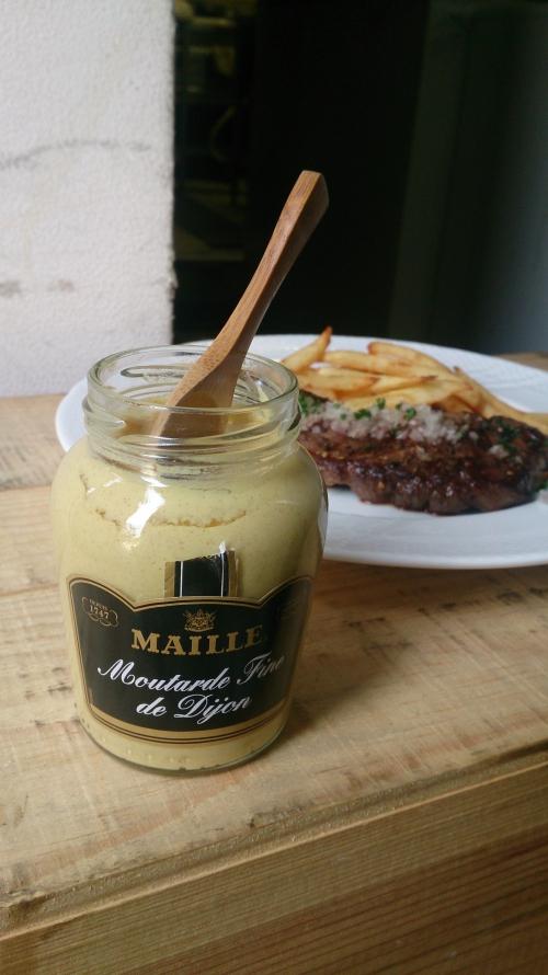 牛バヴェットステーキに欠かせない!マイユのマスタード