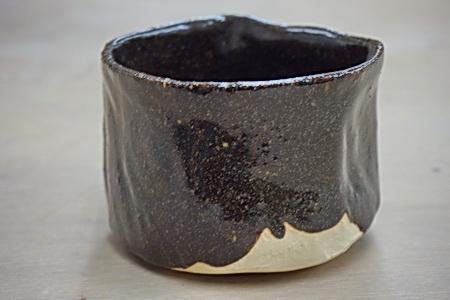 桜島の火山灰を掛けた抹茶茶碗。焼き上がりました。