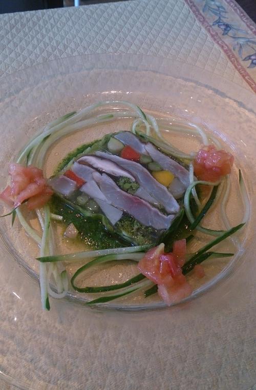春の新メニュー☆桜鯛と有機野菜のテリーヌ
