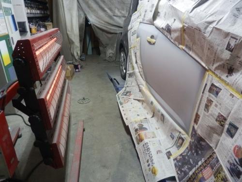 サビ止めの下地、サフェイサー塗装