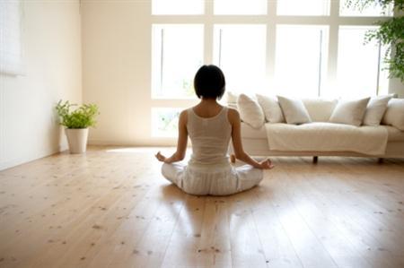 今すぐ寝ないで瞑想や自己催眠