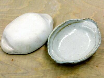 耐熱粘土で作ったグラタン皿が完成しました。