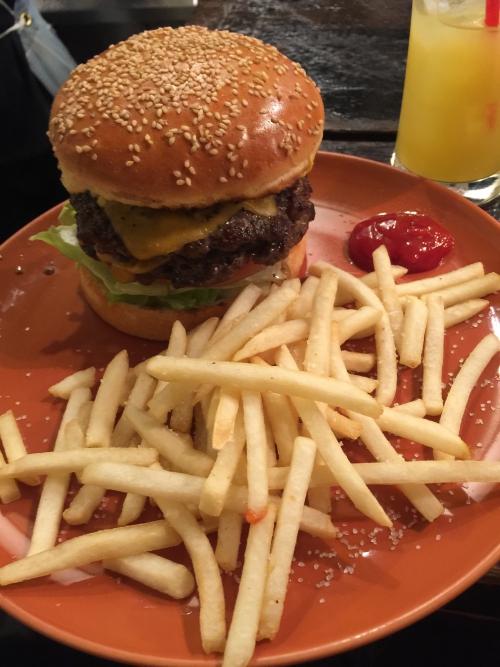 渋谷の某ハンバーガーショップ