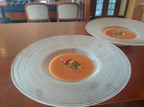 飲む野菜!?「ガスパチョ」完熟トマトの冷製スープ