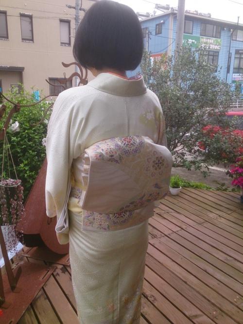 オトナの女子の装いは『着物』で・・・・♪