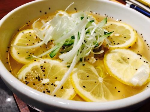旨い!美味い!醤油でホルモン焼肉!スタミナ一番!