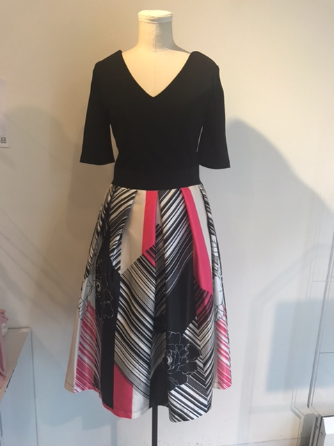 リナシメントの切り替えドレス