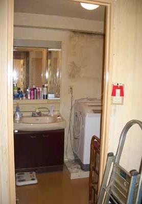 洗面所の改装 洗面化粧台の交換工事 海老名市