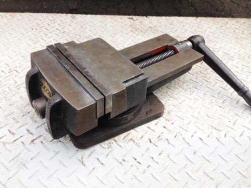 札幌市内の鉄工所より工具関連の買取依頼です。