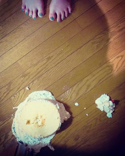 衝撃の誕生日ケーキ@ 座間