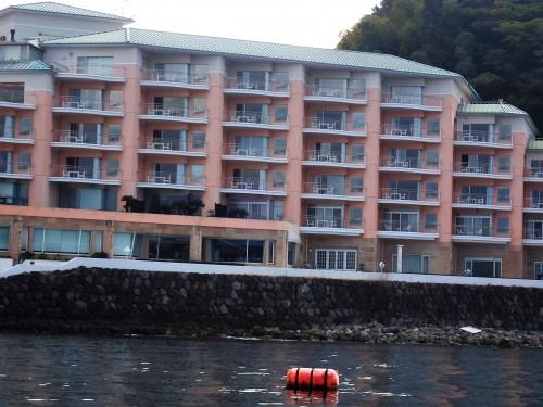 海から見た、淡島ホテル