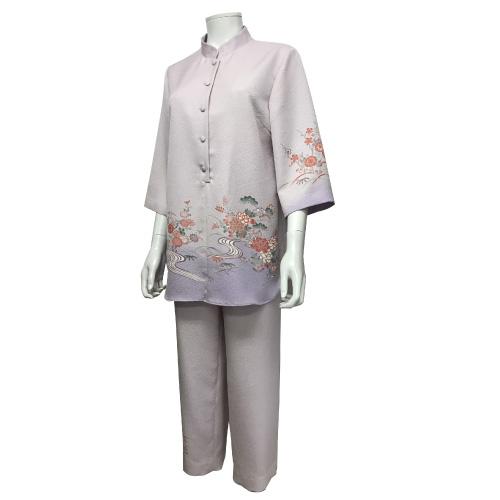 着物からリメイクしたブラウス&パンツ