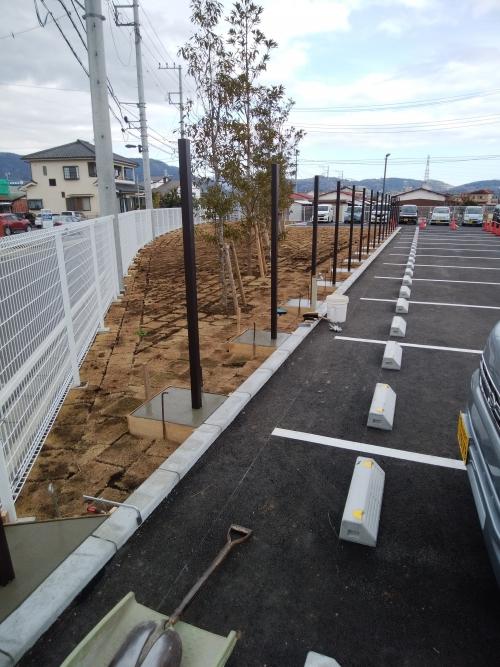 大井松田でフェンス工事。