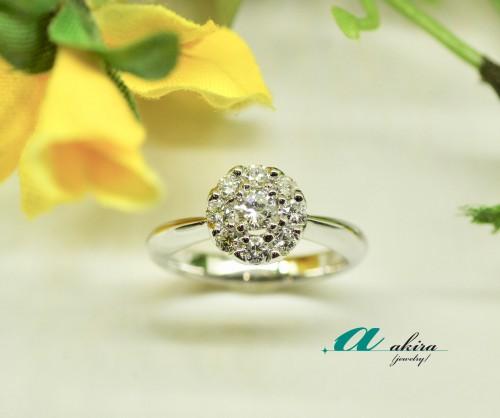 婚約指輪のご注文はダイヤモンド在庫豊富な当店へ