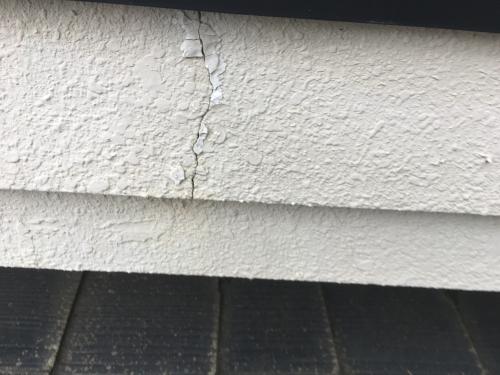 埼玉県久喜市にてクラック補修、外壁塗装