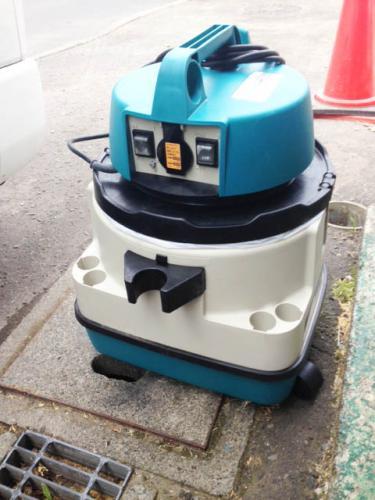 札幌市西区のお客様より業務用掃除機の買取り依頼です。