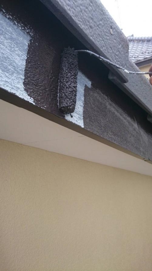 川越市で破風板の塗装を致しました
