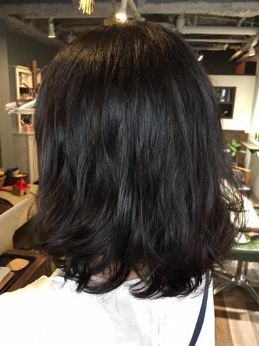 髪の毛に優しいパーマをかけましょう