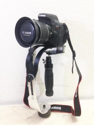札幌市西区のお客様より一眼レフカメラの買取り依頼です。