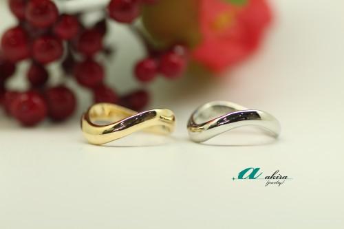 既存の結婚指輪と同じ物をプラチナで製作致しました