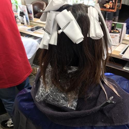 おすすめ人気ハイライトカラーヘアスタイル調布