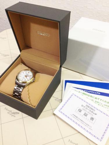 札幌市内のお客様より腕時計を買わせて頂きました。