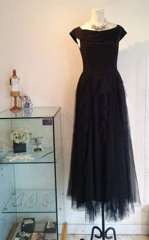 Wishブラックチュールロングドレス