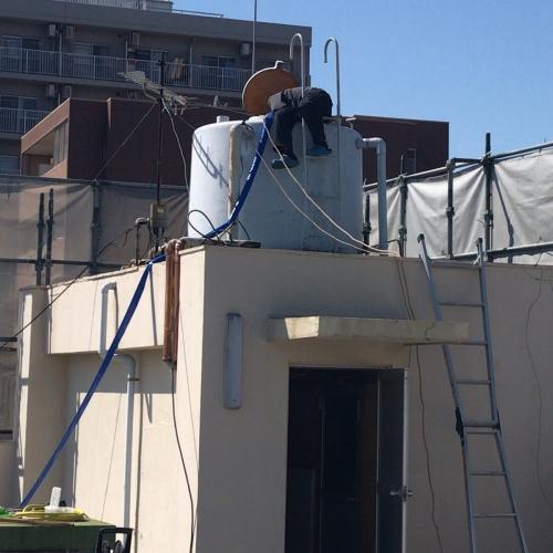 ビル屋上高架水槽洗浄