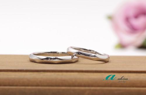 鍛造製法による結婚指輪の御納品です花見川区から御来店