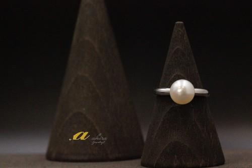 真珠の指輪リフォーム致しました