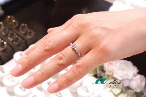 譲り受けた婚約指輪の製作なら工房完備のアキラジュエリーへ