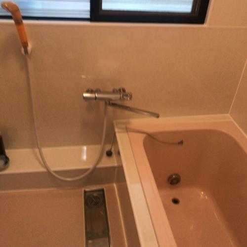 浴室パネル貼り仕上げ