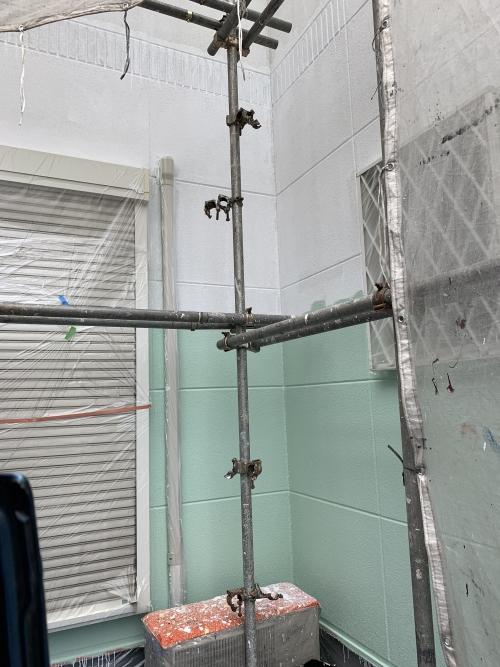 草加市青柳壁中塗り施工