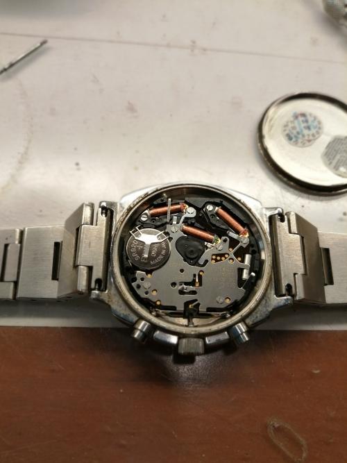 腕時計の電池交換もお任せください!