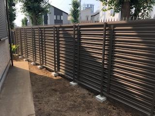坂戸市で目隠しフェンスの工事が完了致しました