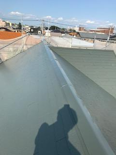 川越市で屋根コロニアル遮熱塗装工事を施工しました