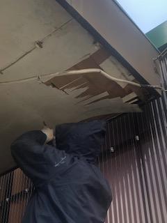 東松山市で軒天の貼り替え工事をしてきました