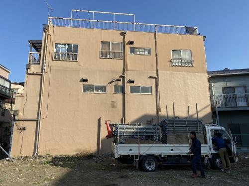 東京都荒川区町屋 外壁のリフォーム始まりました