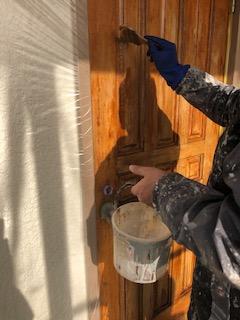鶴ヶ島市で玄関ドアの剥離工事を施工してきました