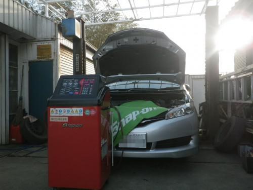 ZGE20Gウィッシュ車検エアコンガスクリーニング