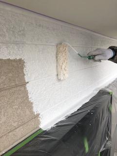 外壁サイディングの下塗り塗装工事を施工してきました