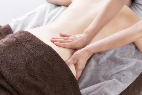 腰痛の原因は腰ではない、臀部です。経絡緩筋法