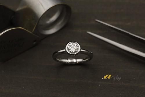 重ね着け出来る婚約指輪のオーダーメイドのご注文でした