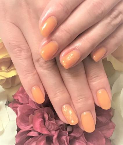 オレンジキャラメルの夏ネイル