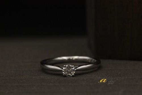 富津からお越しのお客様婚約指輪の御納品でした