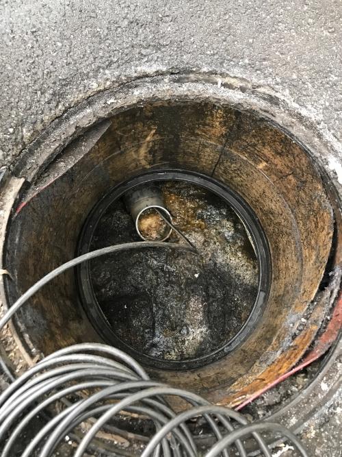 さいたま市にて高圧洗浄作業実施。